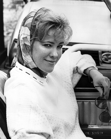 Catherine O'Hara Seated in Classic Photo by  Movie Star News