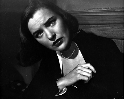 Ella Raines Looking Up in Classic Photo by  Movie Star News