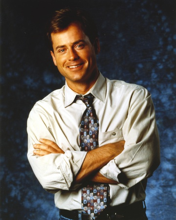 Greg Kinnear wearing Formal Outfit with Necktie Portrait Photo by  Movie Star News