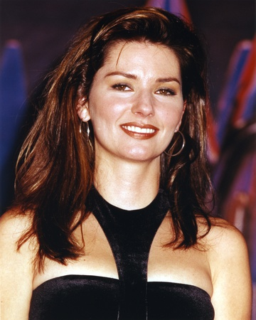 Shania Twain Posed in Black Dress Photo by  Movie Star News