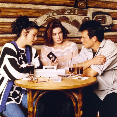 Twin Peaks Movie Scene with Sherilyn Fenn and Kyle Maclachlan and Sheryl Lee Photo by  Movie Star News