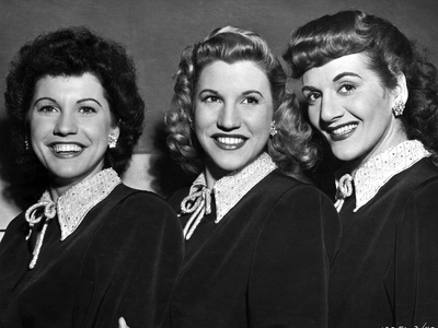 Andrew Sisters on Collar Top Portrait Photo by  Movie Star News