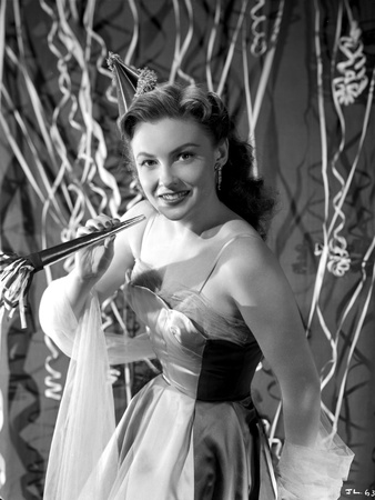 Joan Leslie on a Dress smiling and posed Photo by  Movie Star News