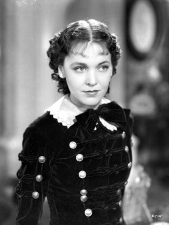 Maureen O'Sullivan on a Dress Photo by  Movie Star News