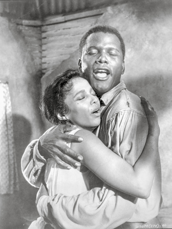 Porgy And Bess hugging Couple Portrait in Black and White Photo by  Movie Star News
