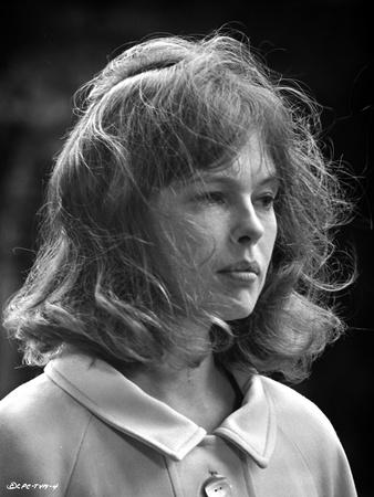 Sandy Dennis in White Dress Portrait Photo by  Movie Star News