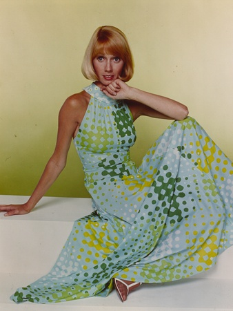 Sandy Duncan Posed in polka dot Dress Photo by  Movie Star News