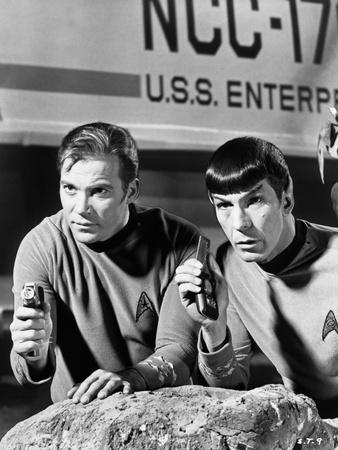 Spock and Kirk, Phasers set to Stun Foto av  Movie Star News