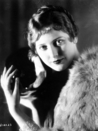 Thelma Todd Portrait in Feather Coat Photo by  Movie Star News