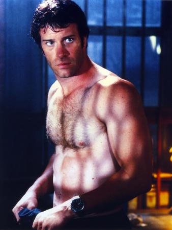 Thomas Jane Half-Naked Portrait Photo by  Movie Star News