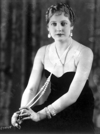 Thelma Todd Seated in Tube Dress Photo by  Movie Star News