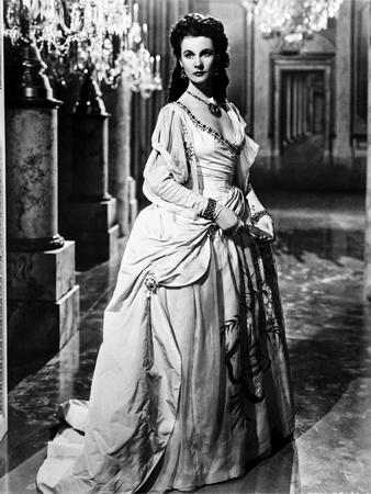 Vivien Leigh standing in Floor-Length Dress Photo by  Movie Star News
