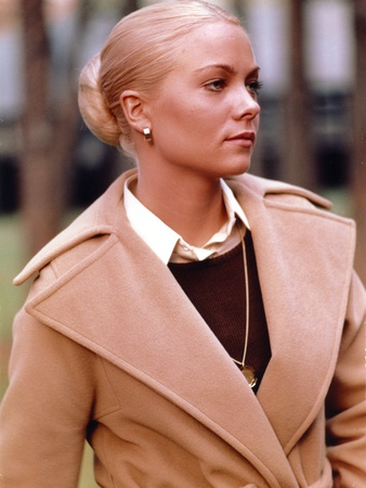Theresa Russell Portrait in Brown Coat with Necklace Photo by  Movie Star News
