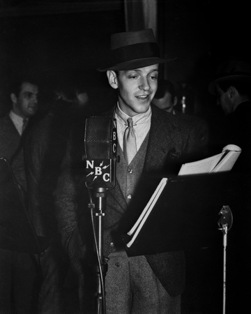 Fred Astaire Reading in Suit and Hat, Black and White Portrait Photo by  Movie Star News