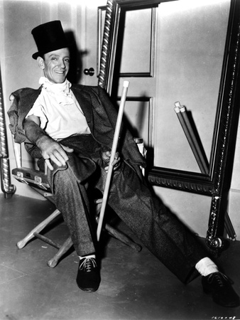 Fred Astaire Seated on Chair in Black and White Portrait Photo by  Movie Star News