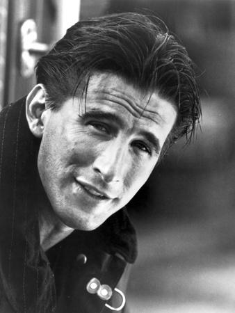 William Baldwin in Black Close Up Portrait Photo by  Movie Star News
