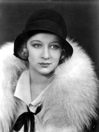 Greta Nissen on a Furry Shawl Portrait Photo by  Movie Star News