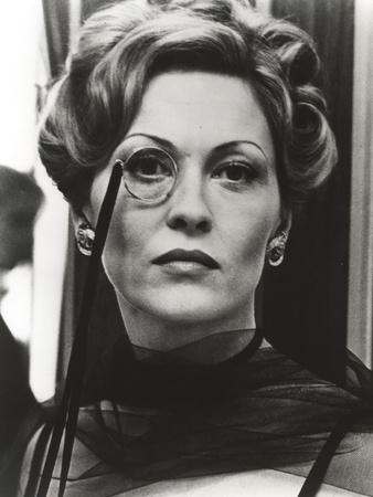 Faye Dunaway Wore Monocle in Portrait Photo by  Movie Star News