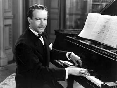 Victor Borge hugging in Suit Photo by  Movie Star News