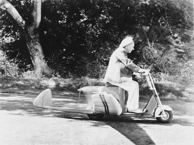 W C Fields Riding on Vehicle Photo by  Movie Star News