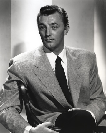 Robert Mitchum Posed in Suit Photo by  Movie Star News