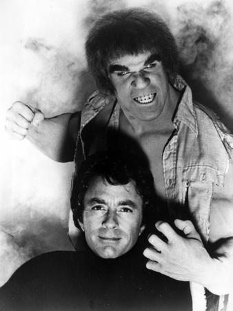 Bill Bixby With The hulk Photo by  Movie Star News