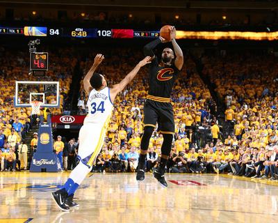 2016 NBA Finals - Game Five Foto af Nathaniel S Butler