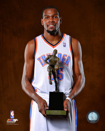 Kevin Durant with the 2014 NBA MVP Trophy Photo