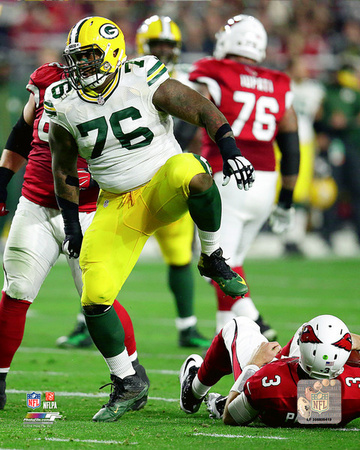Mike Daniels 2015 NFC Divisional Playoff Action Photo