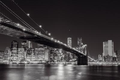 Midnight Bridge Giclée-Druck von Alan Copson