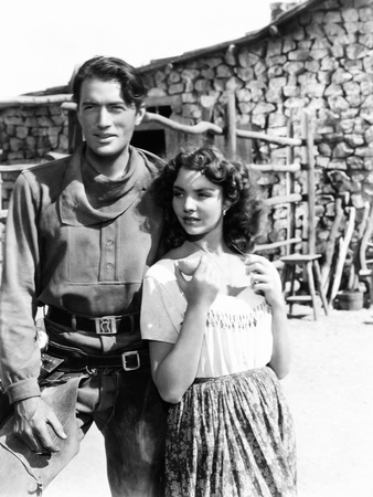 Duel in the Sun, from Left, Gregory Peck, Jennifer Jones, 1946 Photo