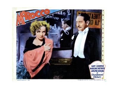 Morocco, from Left, Marlene Dietrich, Adolphe Menjou, 1930 Lámina giclée