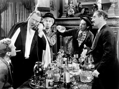 A Night at the Opera, Allan Jones, Sig Rumann, Harpo Marx, Chico Marx, Groucho Marx, 1935 Photo