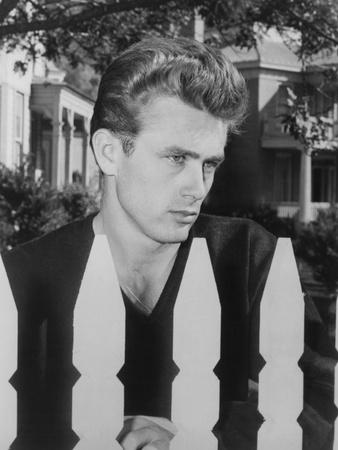 East of Eden, James Dean, 1955 Photo