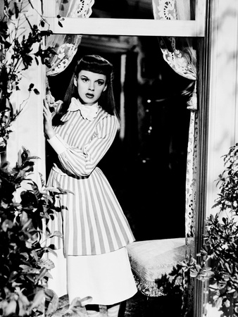Meet Me in St. Louis, Judy Garland, 1944 Photo
