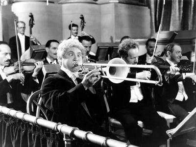 A Night at the Opera, Harpo Marx, 1935 Photo