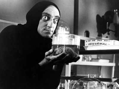 Young Frankenstein, Marty Feldman, 1974 Photo