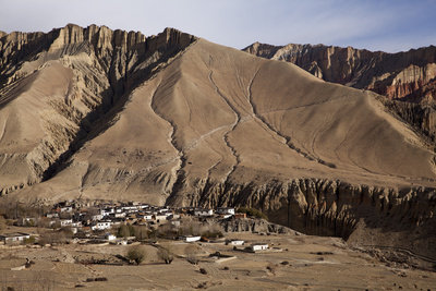 Nepal, Mustang, Ghemi. the Small Village of Ghemi. Photographic Print by Katie Garrod