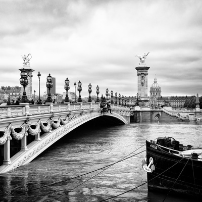Paris sur Seine Collection - Alexandre III Bridge III Photographic Print by Philippe Hugonnard