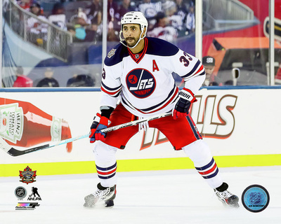 Dustin Byfuglien 2016 NHL Heritage Classic Photo