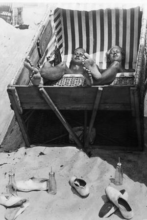 Sunbathing in a Beach Chair, 1933 Photographic Print by Scherl Süddeutsche Zeitung Photo