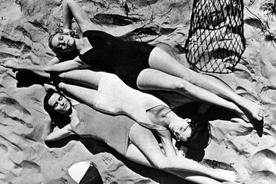 Swimwear in the Usa, 1941 Photographic Print by  Süddeutsche Zeitung Photo