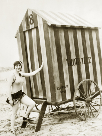 Bathing Hut in the Usa, 1925 Photographic Print by Scherl Süddeutsche Zeitung Photo
