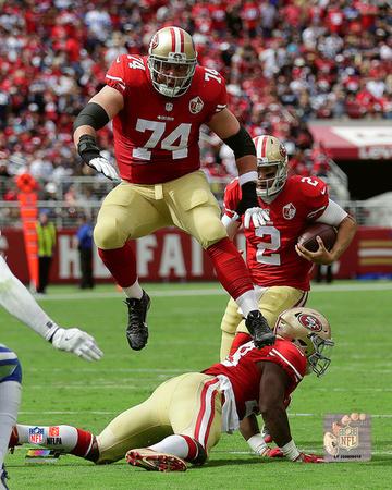 NFL: Joe Staley 2015 Action Photo