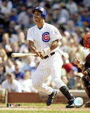 Moises Alou - 2004 batting action Photo