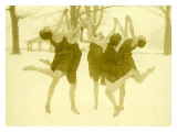 Snow Women Modern Dance Gicl&#233;e-Druck