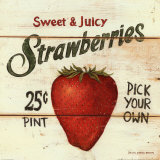 Fraises - Sweet and Juicy Strawberries Posters par David Carter Brown