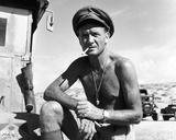 John Mills, Ice-Cold in Alex (1958) Photo