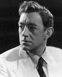 Alec Guinness - The Man in the White Suit Photo
