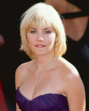 Elisha Cuthbert Photo